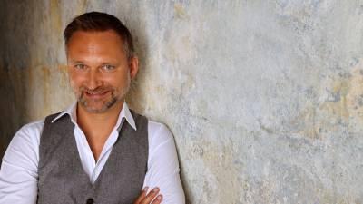 """30.10. Florian Forstner: """"Business & Buddha"""" und """"Einführung in die Welt der Meditation"""""""